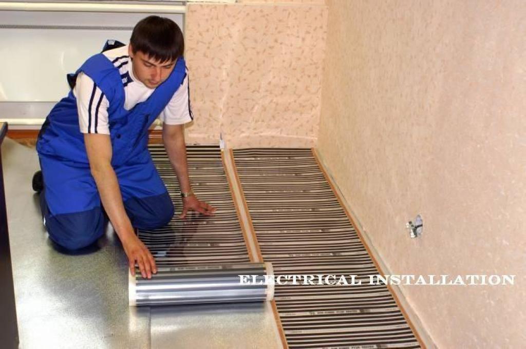 Водяной и электрический теплый пол под линолеум: выбор и мон.